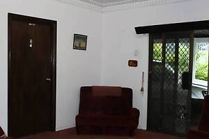 Fully Furnished Double Bedroom in spacious lowset home Camp Hill Brisbane South East Preview
