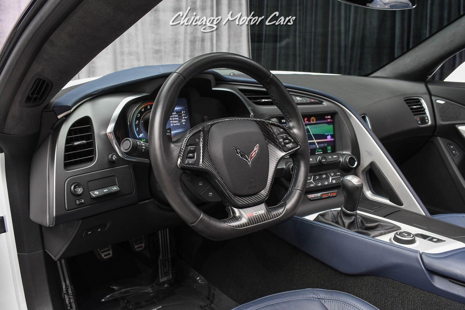 2015 White Chevrolet Corvette Z06 3LZ | C7 Corvette Photo 8