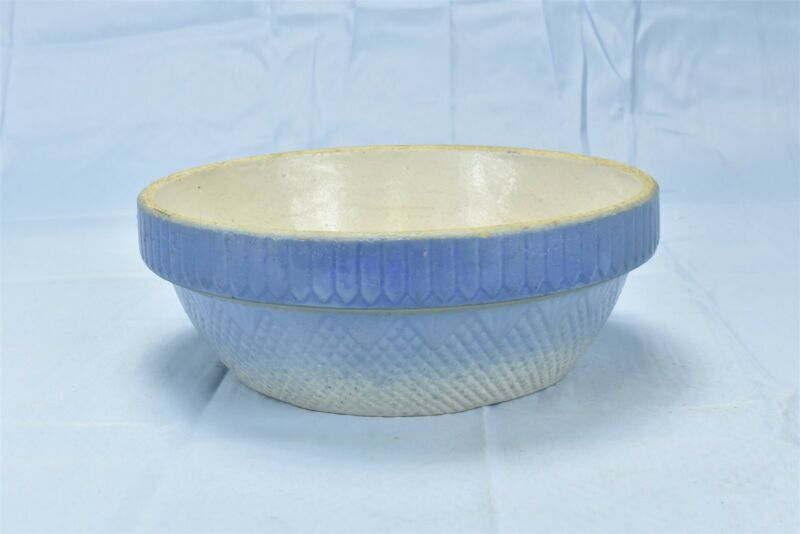 Antique BLUE & WHITE POTTERY KITCHEN MIXING SERVING BOWL FARMHOUSE OLD #06613