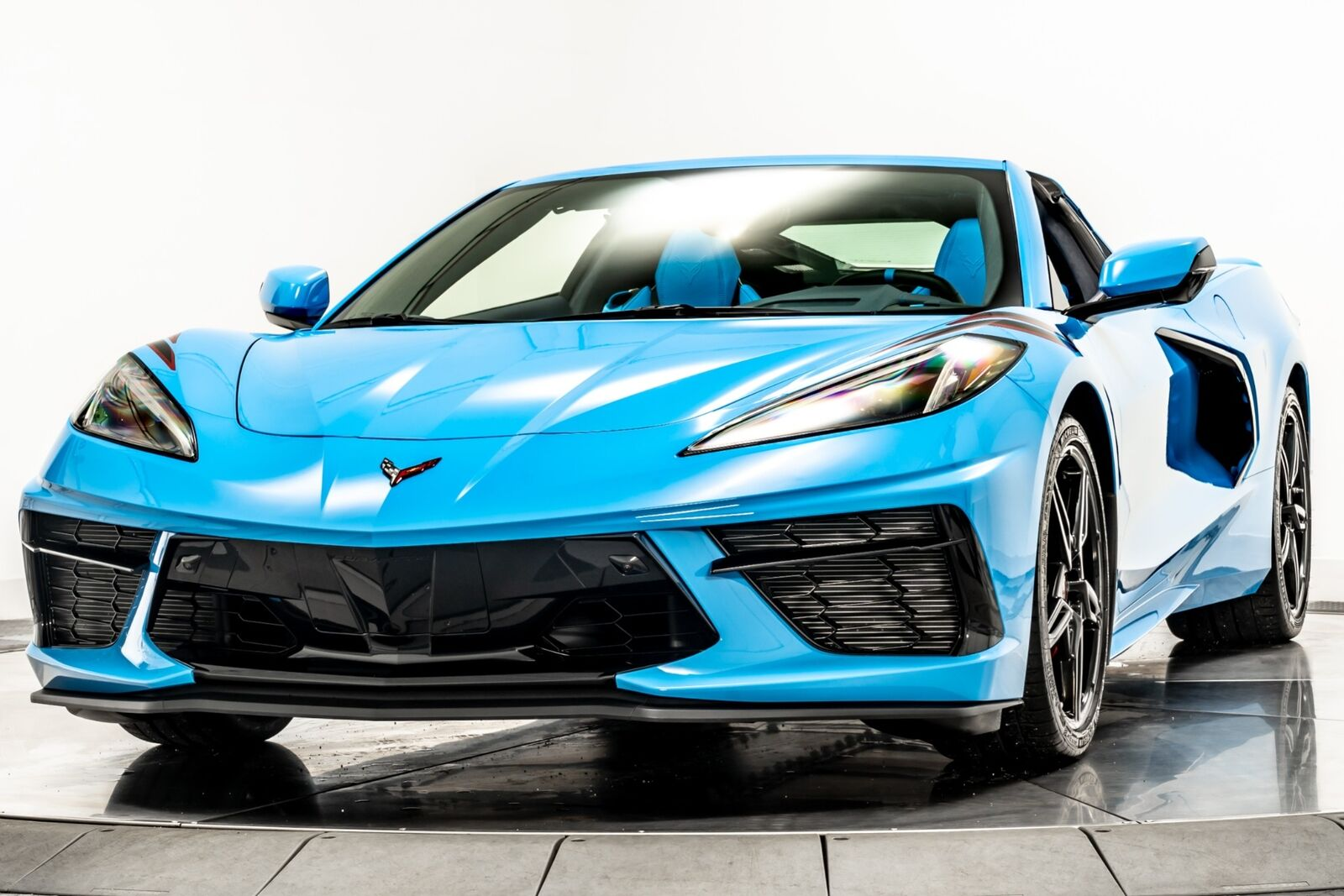 2021 Blue Chevrolet Corvette  3LT   C7 Corvette Photo 4