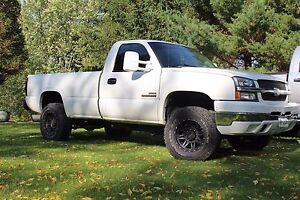 2004.5 Chevy 2500 duramax BUILTUP  Stratford Kitchener Area image 2