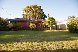 Neat 3x1 House, Fantastic Location! Forrestfield Kalamunda Area Preview