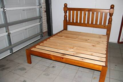 Queen Size Hard Wood Bed, very good condition