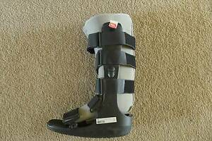 CAM Boot (moon boot) for sale Oatley Hurstville Area Preview