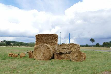 Clover Hay - Round Bales - Quality new seasons!