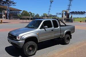 Toyota Hilux 4x4 Cheltenham Hornsby Area Preview