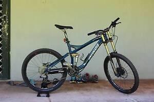 Specialized Enduro Mountain Bike Tiwi Darwin City Preview