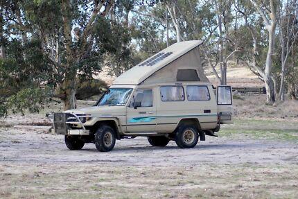 1987 Toyota Landcruiser Troopcarrier pop top camper troopy poptop