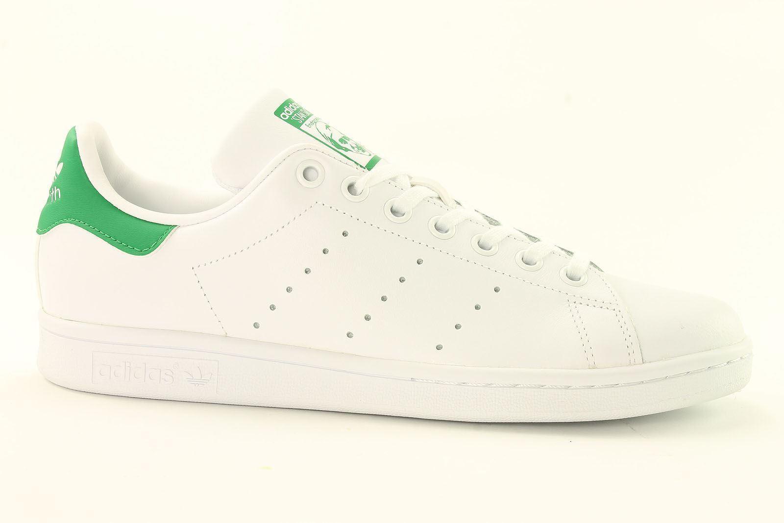2d6e11ac Обувь для мальчика adidas Stan Smith Junior Trainers~Originals~UK 3 to 6.5  Onl - 263006475844 - купить на eBay.com (США) с доставкой в Украину |  Megazakaz. ...