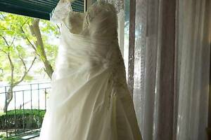 Wedding Dress by Christina Rossi, Size 16-18 Heathridge Joondalup Area Preview