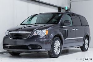 2015 Chrysler Town & Country TOURING - L