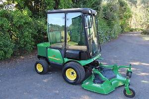 Deere 1565 air-cond ,4wd outfront ride on lawn mower tractor,38hp Llandilo Penrith Area Preview