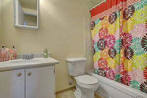 2 Bedroom Apartment in Great Location! Call NOW (306)314-0155