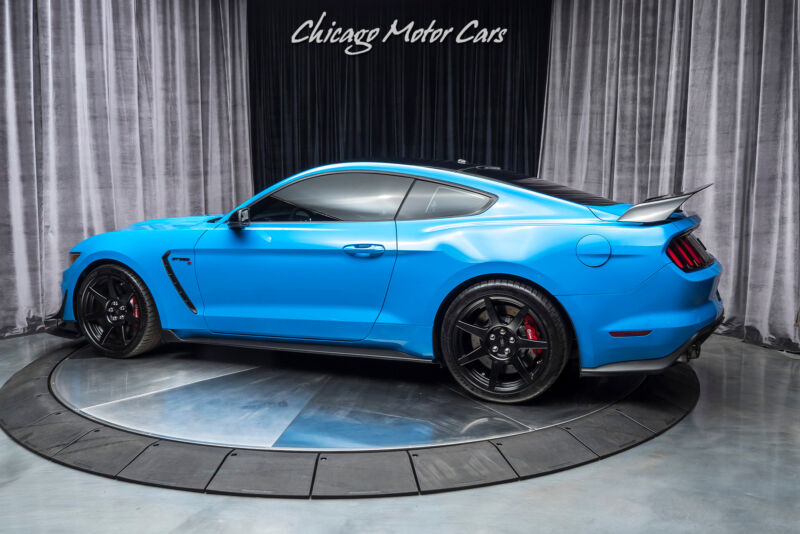 Image 3 Voiture Américaine d'occasion Ford Mustang 2017