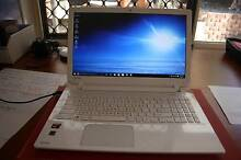 TOSHIBA Laptop Ningi Caboolture Area Preview
