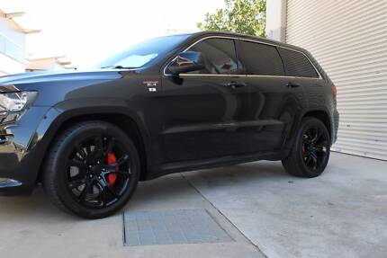 2012 Jeep Grand Cherokee Wagon SRT