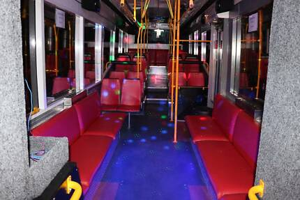 Oz Party Limo 12-67 Seat Luxury Limo/Karaoke Bus/Party Buses 24/7