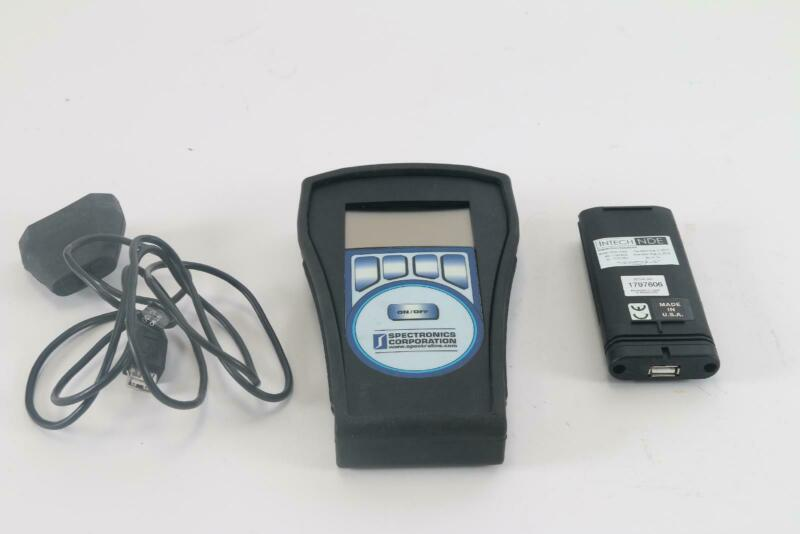 Spectronics XR-1000 AccuMax Radiometer/Photometer Kit W/ XDS-1000