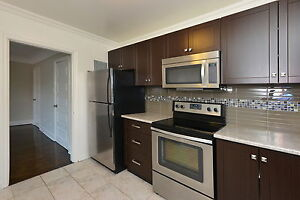 2 BDRM AVAILABLE AT ROSE COURT Call 226-966-0516