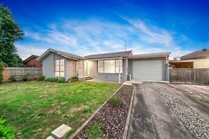 House for Sale. HASTINGS, VIC. Central Location. Must See