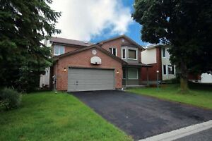 *Executive 4 Bedroom, 3 Bathroom Detatched home in Bridlewood