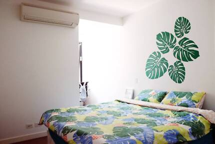 Private Room with Air-con in Southbank Available Now