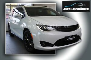 Chrysler Pacifica  Limited  MY 20 S-Package Theatre LPG