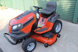 New Husqvarna 54in cutting deck ride on Lawn mower, large 26hp Berkshire Park Penrith Area Preview