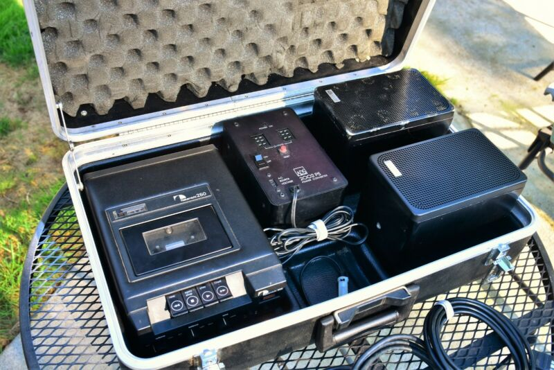 * RARE* Nakamichi 250 Cassette Player and ADS 2002 Portable Speaker System