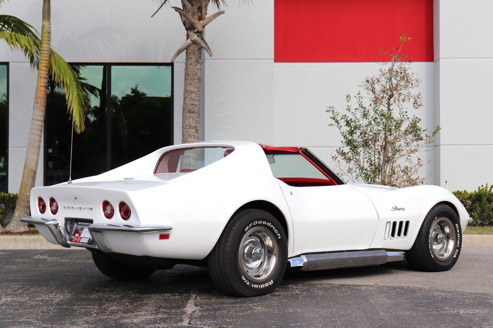 1969 White Chevrolet Corvette   | C3 Corvette Photo 4