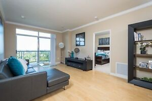 Spacious One Bedroom + Den - GREAT AMENITIES & LOCATION!!