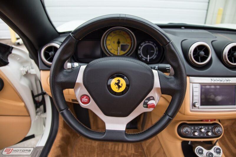 Image 23 Voiture Européenne d'occasion Ferrari California 2010