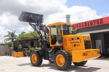 2017 Jobcat SM118 118HP 8.5 Tons Bucket 4 in 1+Forklift