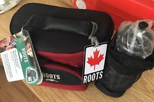 Roots camera bag with water bottle