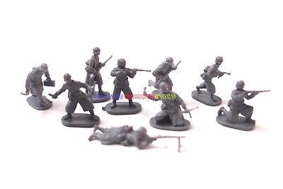 New Caesar 1/72 WWII German Infantry Smocks Winter (9 Figures) Army Men Soldier