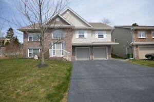 Immaculate Spacious Home in Portland Hills $2000 + utilities