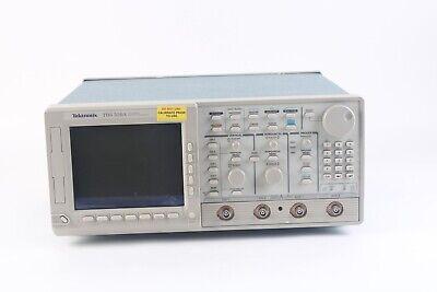 Tektronix Tds 520a Digital Oscilloscope 2-channel 500mhz 500mss