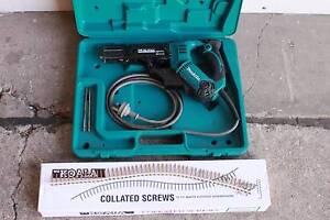 Makita Collated Screw Gun Model 6840 including 15000 screws Highgate Hill Brisbane South West Preview