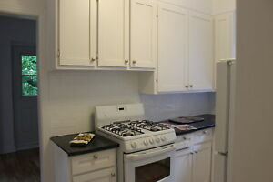 2,bedrooms,Downtown,adj,Westmount,41/2,4 1/2,2,chambres,McGill