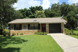 CENTRAL FLORIDA VACATION RENTAL - 2/2 HOUSE IN LAKE COMMUNITY