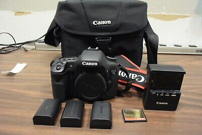 Canon EOS 7D 18.0MP Digital SLR Camera Bag Body 3 battery/charger 32gb CF card