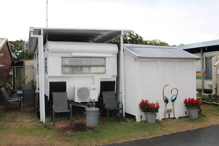 Renovated and Fully Furnished Caravan and Hard Annex FOR SALE