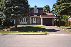 Big house in DDO for rent, lots of space with in-ground pool