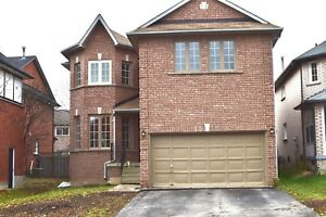 Yonge/Bayview/16th Detached House 5 Bedroom