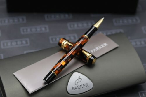 Parker Duofold Check Amber Rollerball Pen 1