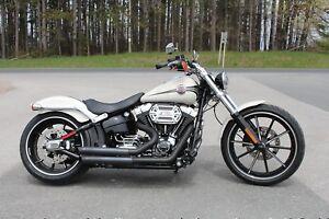 2014 Harley-Davidson® FXSB103 - Softail Breakout