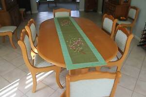 Dining table plus nine chairs Bolwarra Heights Maitland Area Preview