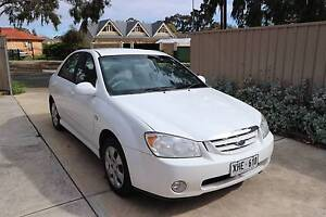 2005 Kia Cerato Sedan with SAT NAV and Freebies Broadview Port Adelaide Area Preview