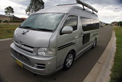 Toyoyta Hiace 2006 super cab long wheel base Camper Motor Home