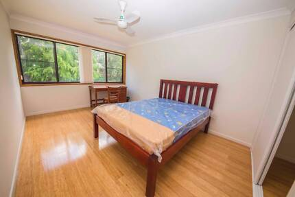 2spacious rooms walking distance to sunnybank hills shopping town